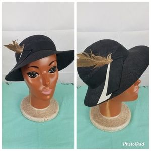 Vintage 80s formal black straw hat with feathers